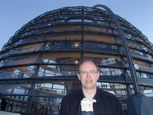 Jan op de Berlijnse Reichstag